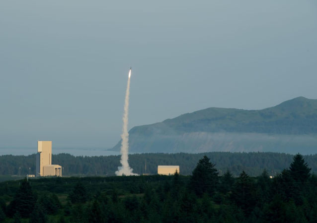 """以色列在阿拉斯加测试""""箭-3""""式反导系统"""