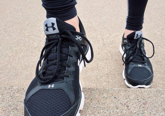 医生介绍运动鞋不合脚会带来哪些危害