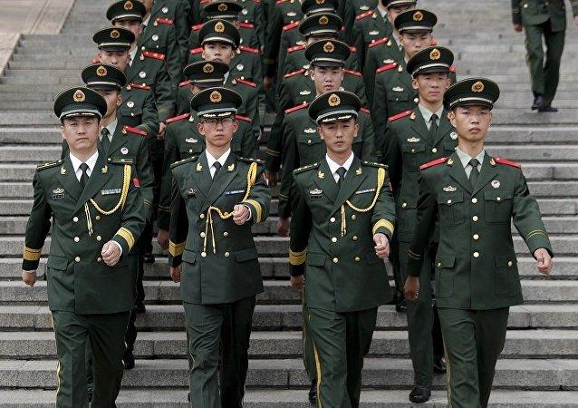 俄专家:挑战不断 中国继续高速发展军事潜力