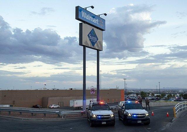 美国埃尔帕索枪击目击者讲述现场情况