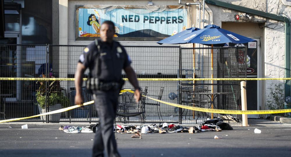 警方:美国代顿枪击事件中的受伤人数增加到26人