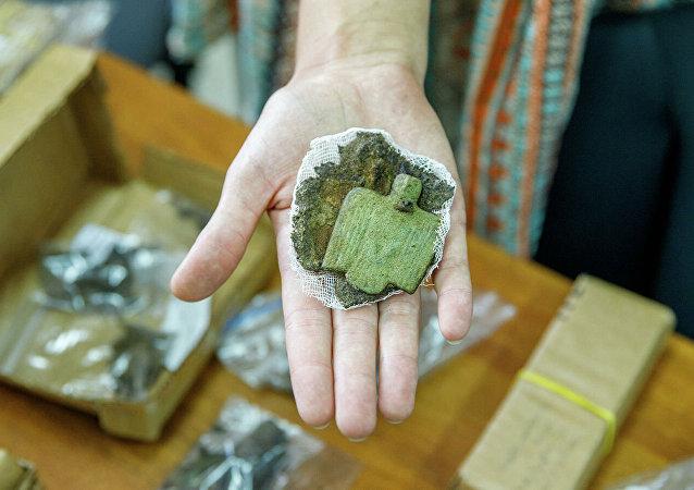 俄中联合考察队发现了一个最古老的墓地