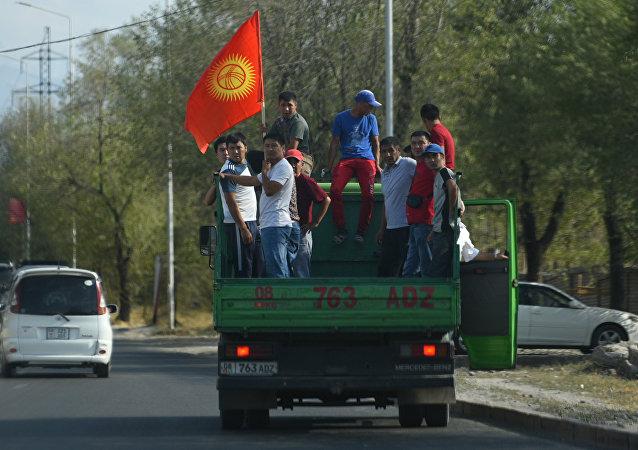 吉尔吉斯斯坦卫生部称逮捕前总统行动已导致136人受伤