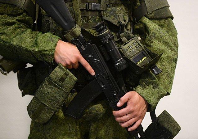 """俄罗斯单兵装备""""拉特尼克"""""""