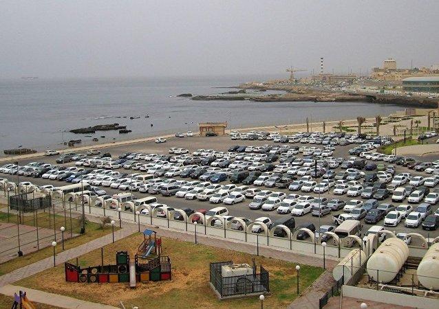 消息人士评论哈夫塔尔军队撤出的黎波里的决定