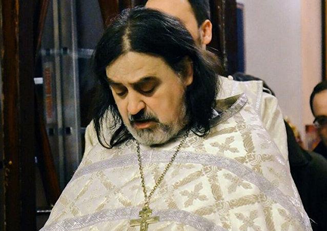 神父弗季亚
