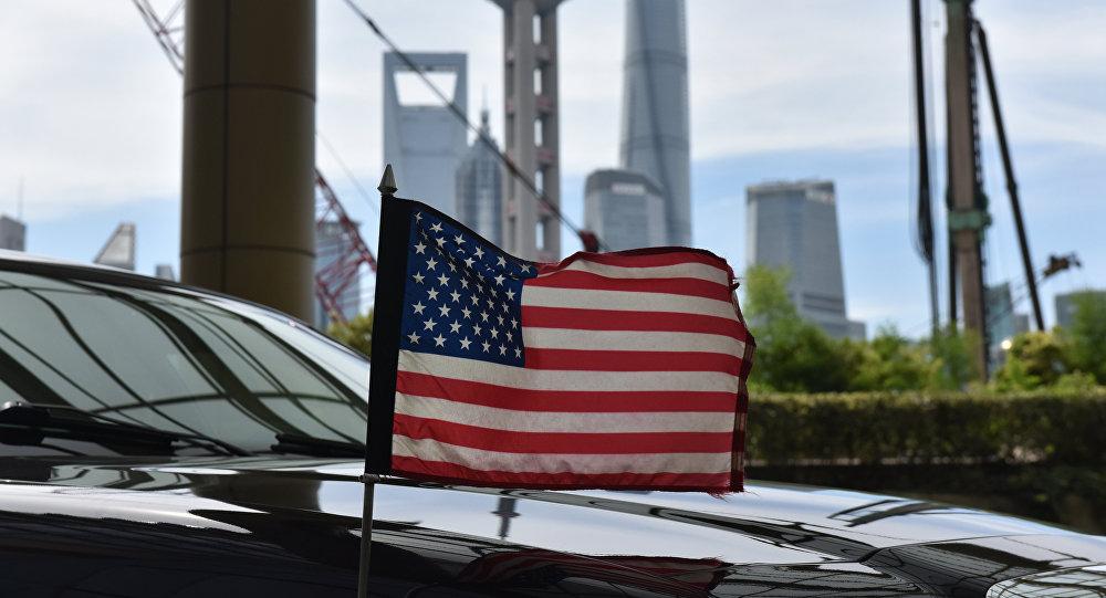俄媒:对华贸易战将致美国经济陷入衰退