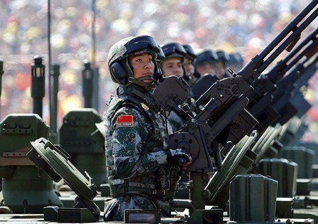 中国国家主席、中央军委主席习近平向全军发布开训动员令