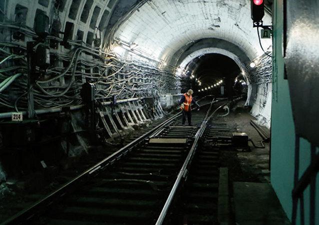 媒体:中国企业可能参与圣彼得堡地铁建设