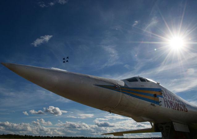 图-160战略轰炸机(资料图片)