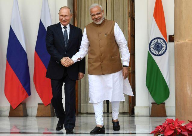俄罗斯总统普京与印度总理纳伦德拉·莫迪(资料图片)
