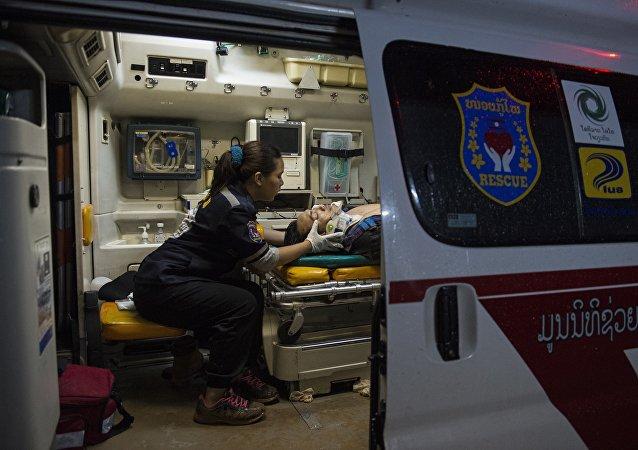 老挝旅游大巴事故遇难人数增至13人