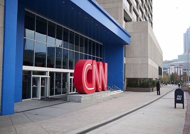 媒体:特朗普竞选总部要求CNN撤回有关拜登领先的民调结果