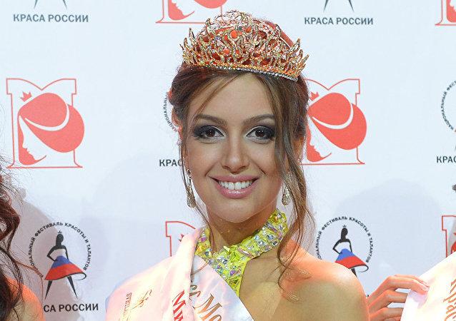 奥克萨娜·沃耶沃金娜