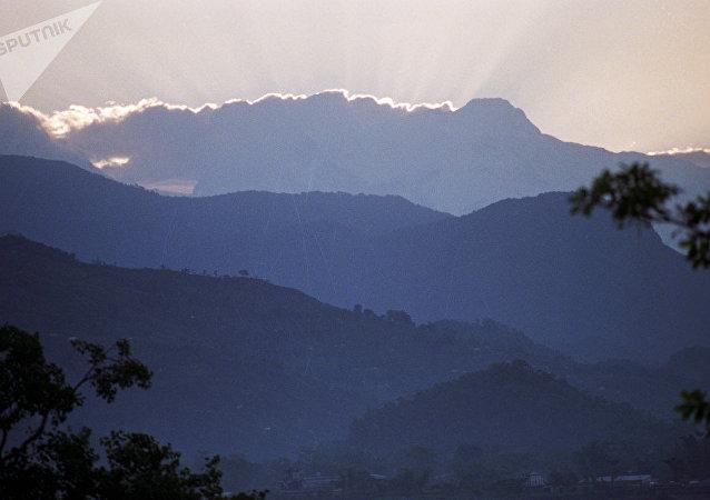尼泊尔,喜马拉雅山脉
