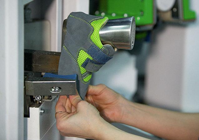 莫斯科企业将向中国甘肃康供应儿童矫形鞋