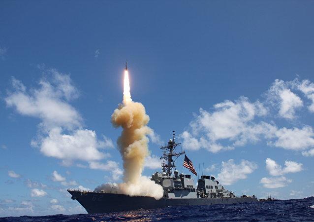 普京称安全风险在美国退出《中导条约》后显著增加