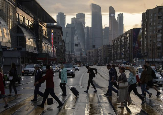 俄总理:俄有可能改用四天工作制