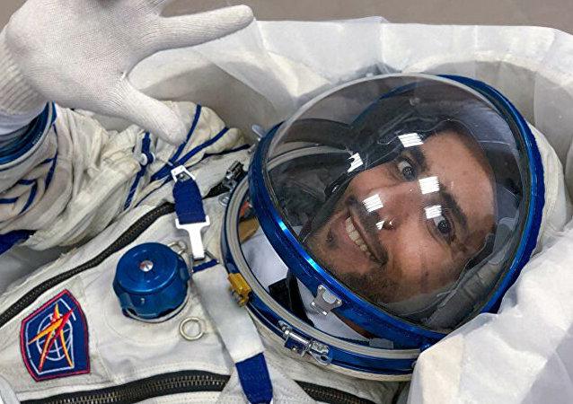 阿联酋首位宇航员哈扎·曼苏里