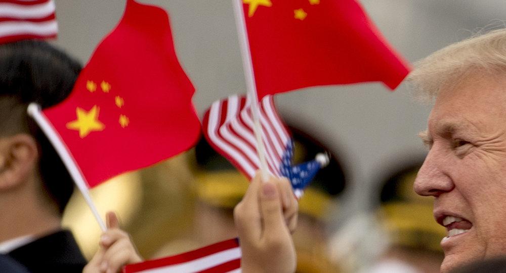 中国专家:中国民众坦然看待中美贸易战加剧