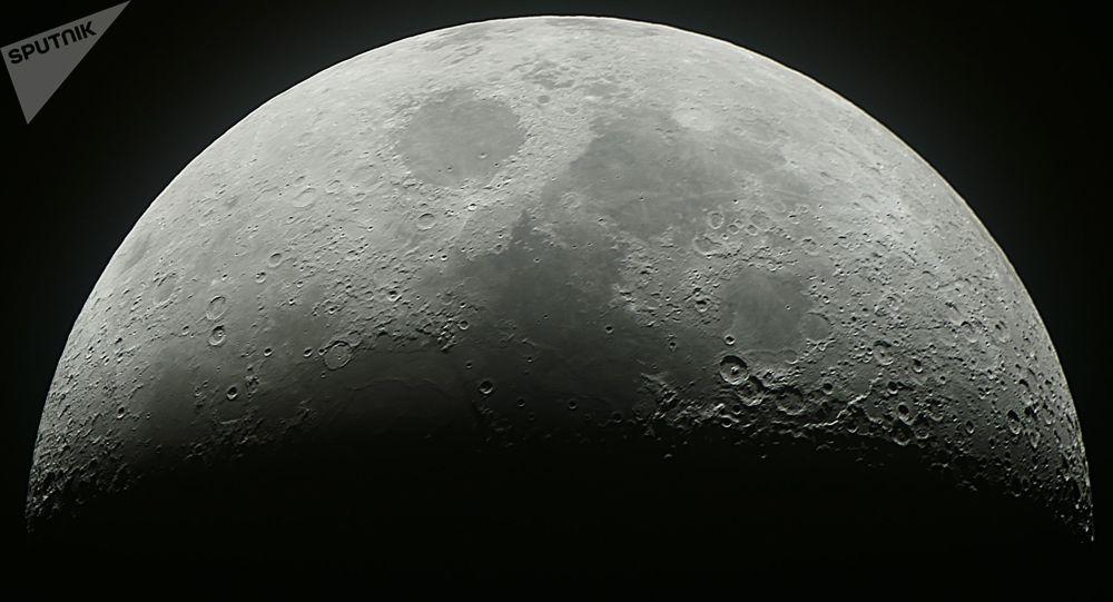 专家:空间拖船将使俄罗斯平等参与月球开发