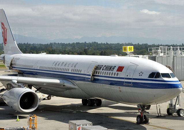 美国放宽对中国航司限制 每周允许4班航班往返美国
