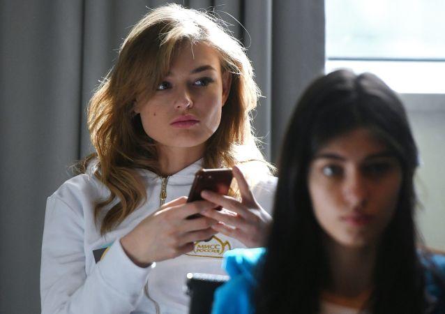 报告:华为第2季度对俄出口智能手机总量较去年同期下滑15.1%