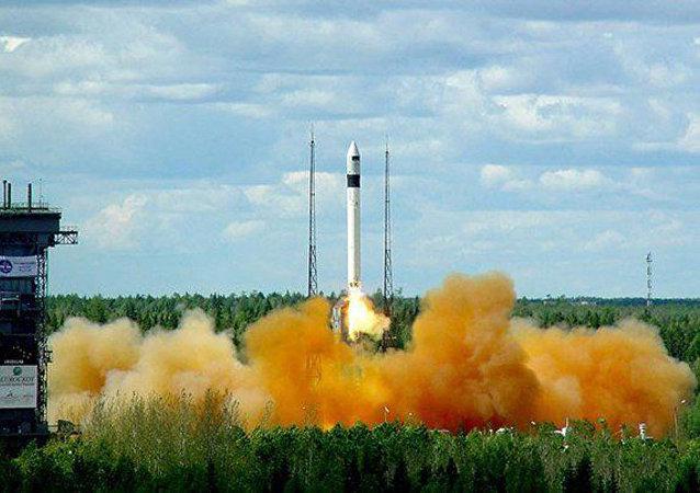 """""""罗克特""""号运载火箭"""