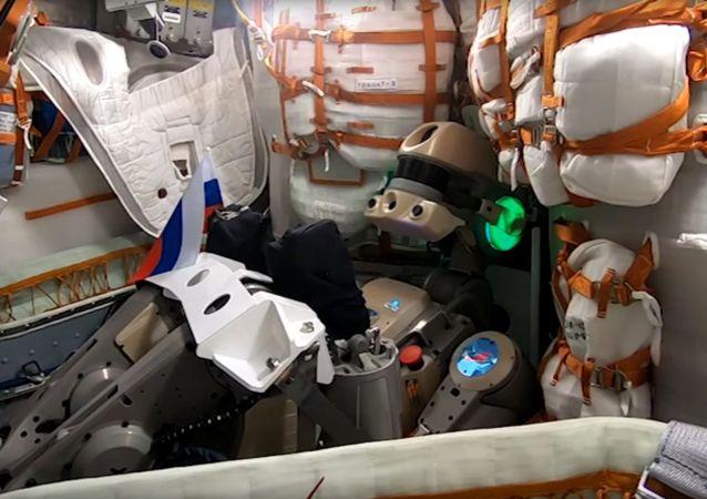 """俄""""费奥多尔""""机器人开发者称机器人牵扯国际空间站漏气的说法荒谬"""