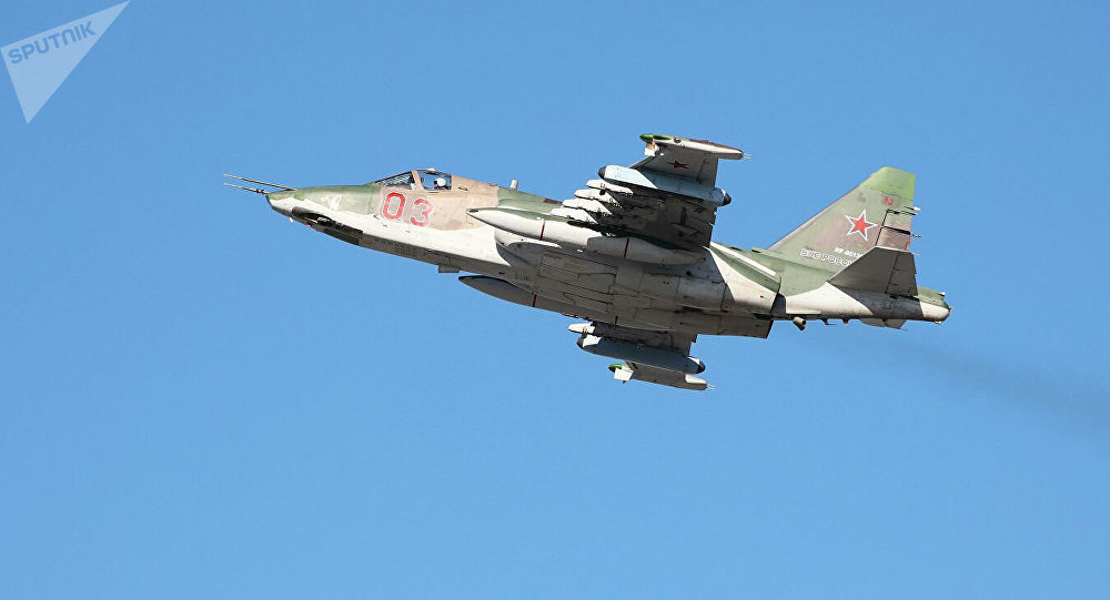 苏-25强击机