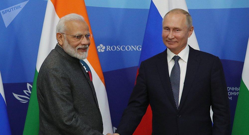 普京在与莫迪的会面上讨论了俄印协议及联合项目的执行情况