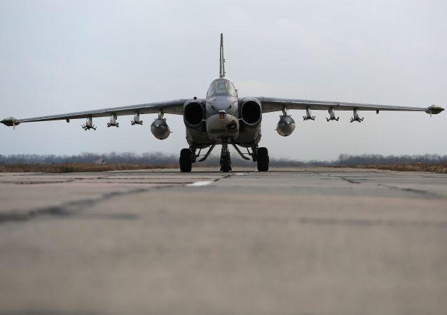 苏-25攻击机
