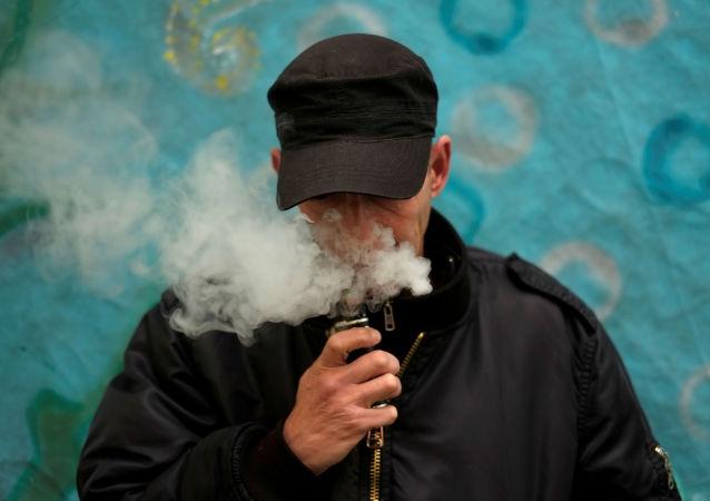 特朗普提议提高在美购买电子烟的年龄限制