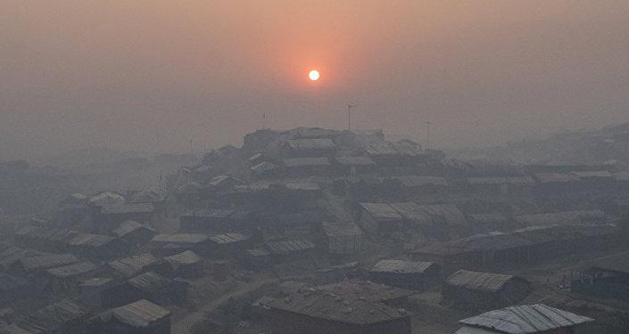 意大利摄影师加布里埃尔·切科尼的系列作品《悲惨世界与地球》