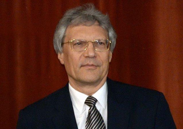 谢尔盖·拉佐夫