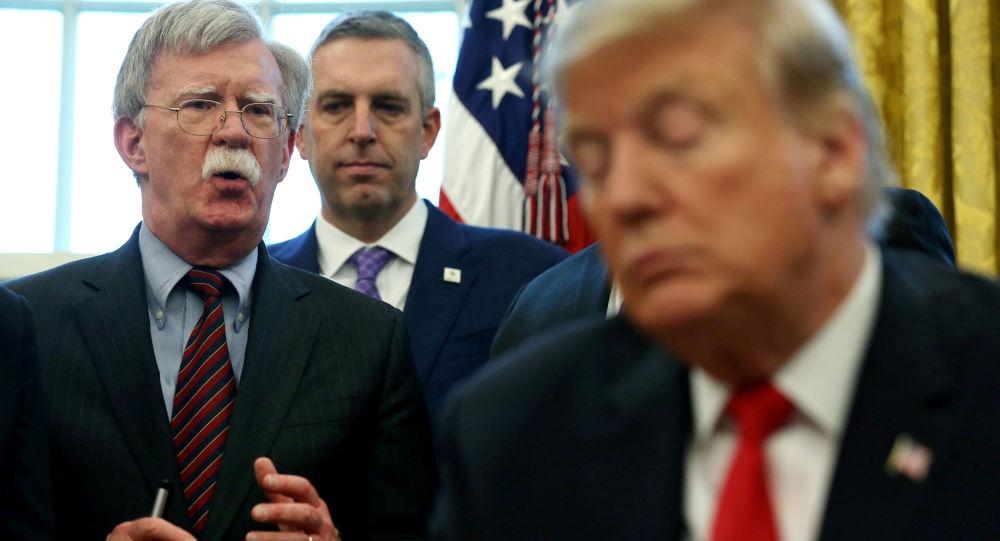 美国前国家安全顾问博尔顿指责白宫阻止自己访问个人推特