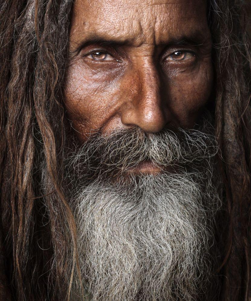 巴基斯坦的神甫。作者:Asim Ijaz(巴基斯坦)。