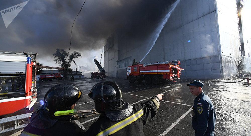 俄符拉迪沃斯托克商场火灾或因咖啡厅瓦斯罐爆炸引起
