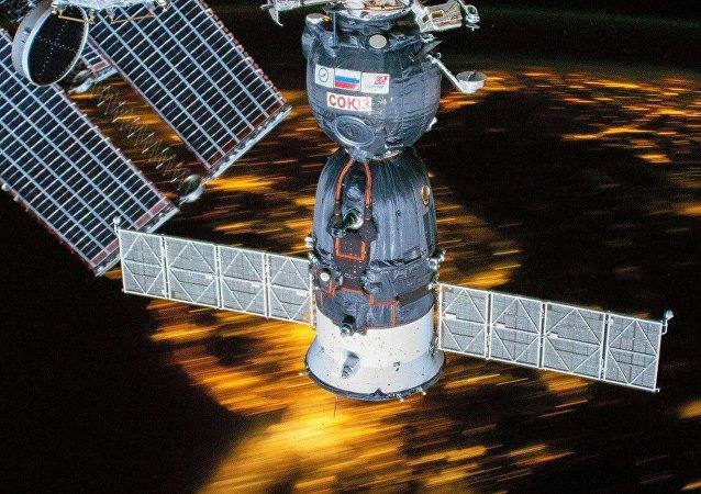 俄航天集团公司:俄罗斯将为太空游客制造特殊飞船
