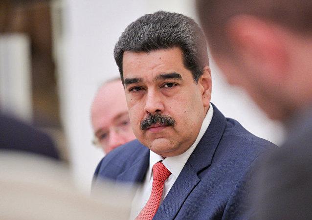 马杜罗:欧佩克+会议有可能找到稳定石油市场的解决方案