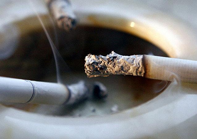 肿瘤学家:新冠病毒对吸烟者有多可怕?