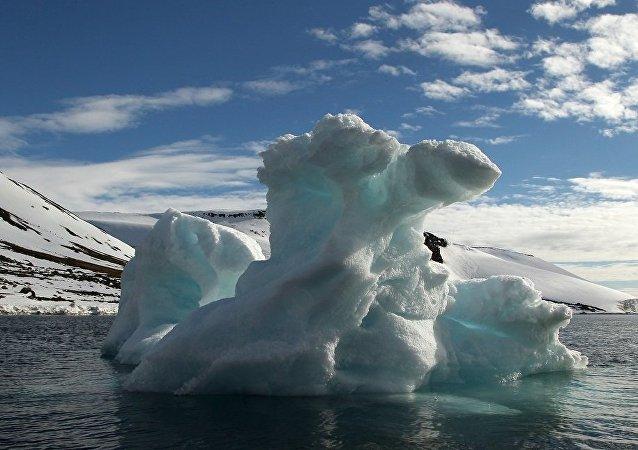 俄专家:美国视俄中在北极的出现为严峻的挑战