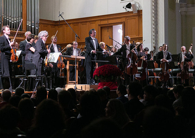 莫斯科人谈纪念新中国成立70周年音乐会