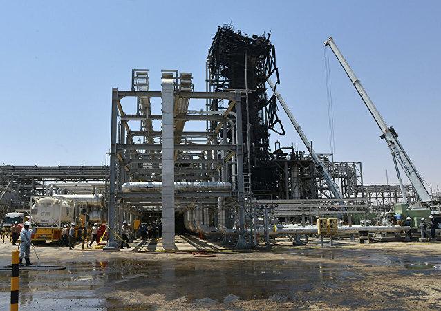 俄石油总裁:不排除沙特石油设施遇袭是逃离叙利亚的武装分子所为