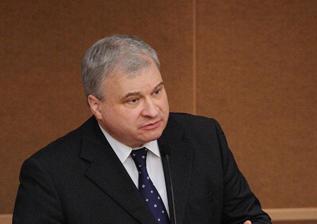 俄驻华大使杰尼索夫