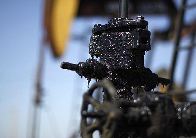 媒体:委内瑞拉不顾美国制裁向中国频繁出口石油