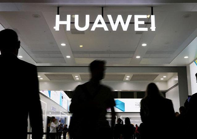 美国务院呼吁本国高校摆脱中国公司的资产