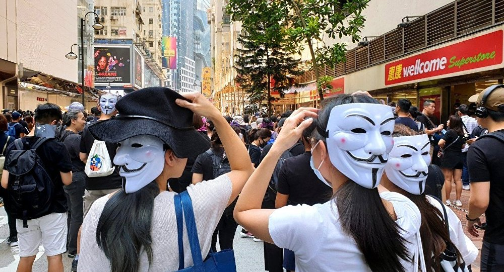 中国谴责泰国政界会见香港争议人士