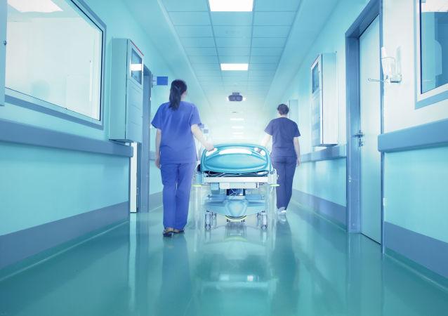 一名中国女子伪装成护士从医院盗走婴儿