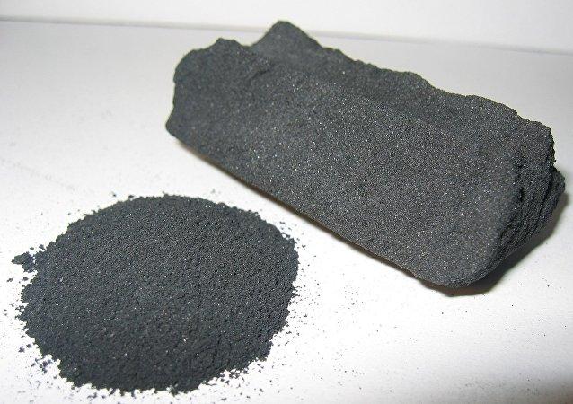 库兹巴斯市开始制作煤味蜜糖饼